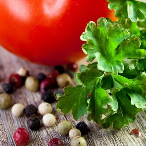 Tomate und Salat Passeiertal