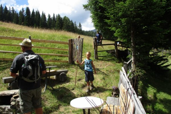 Kids Fun Natur Familienzeit Berge In die Mahder
