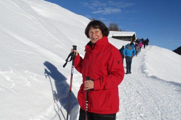 Winterwandern Silvesterwoche Schnee  Sonne Natur